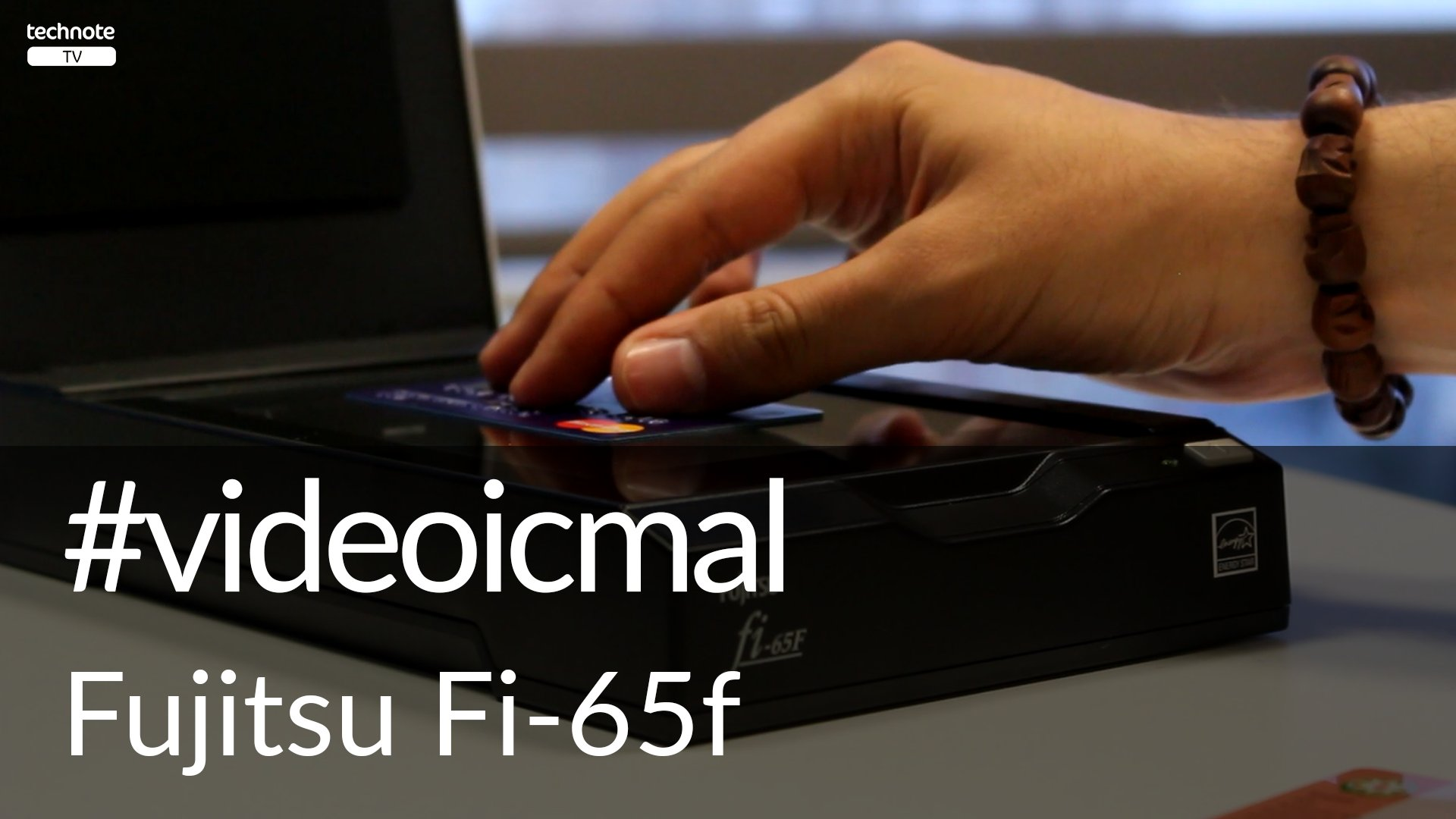 Fujitsu Fi-65f Passport Skanner video icmal